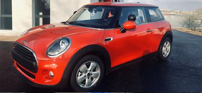 Nous transformons vos véhicules particuliers en véhicules auto-école (et inversement). Nous vous proposons la solution la plus appropriée, en fonction de vos exigences et du type de véhicule.